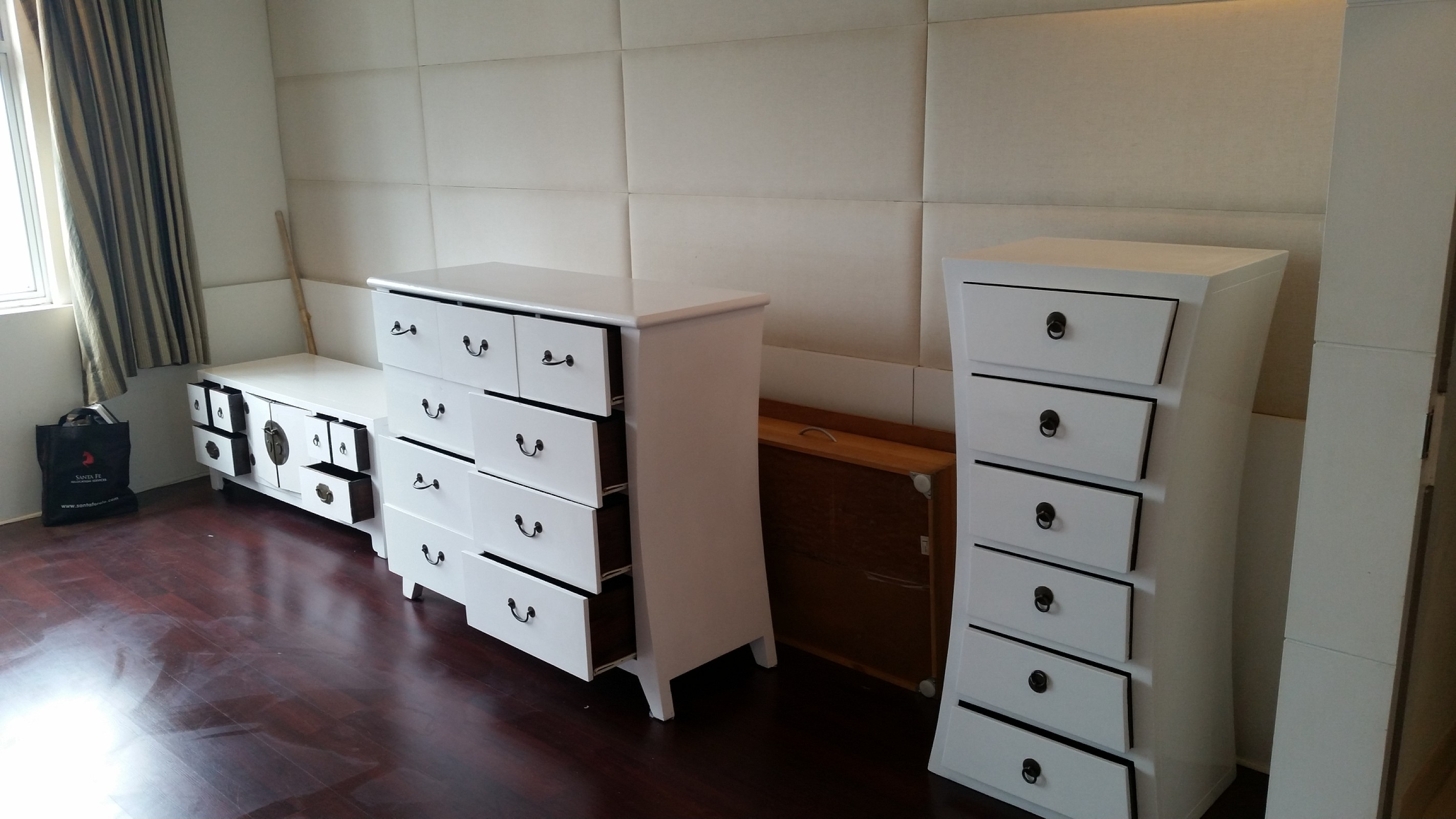 Refurbished wooden furniture, Shousin Hill